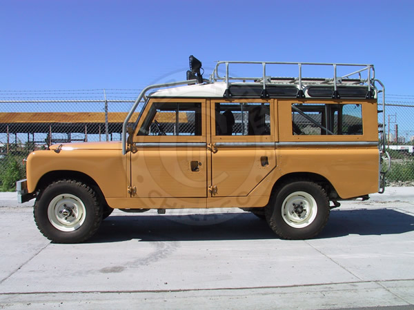 1961 Land Rover 109 Series IIa Station Wagon